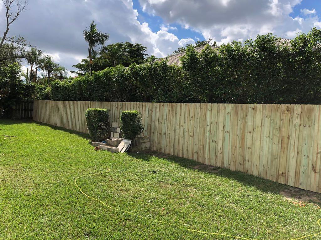 a new wood fence installation in Miramar FL