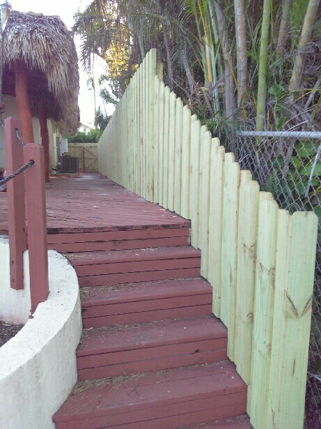 commercial fence contractor in miramar